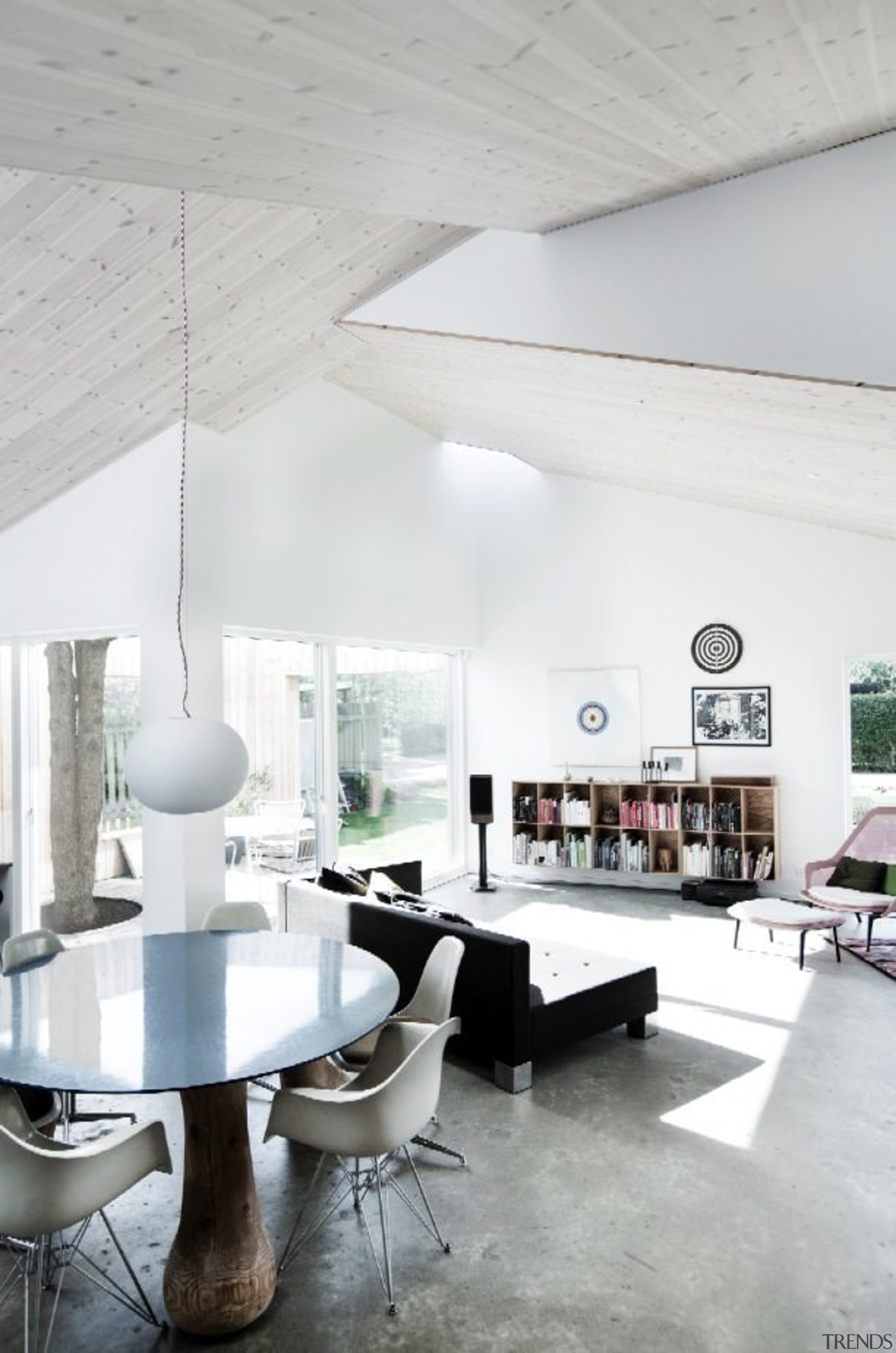 Architect: Sigured LarsenPhotography by Tia Borgsmidt architecture, ceiling, chair, daylighting, floor, furniture, house, interior design, living room, loft, product design, table, white, gray