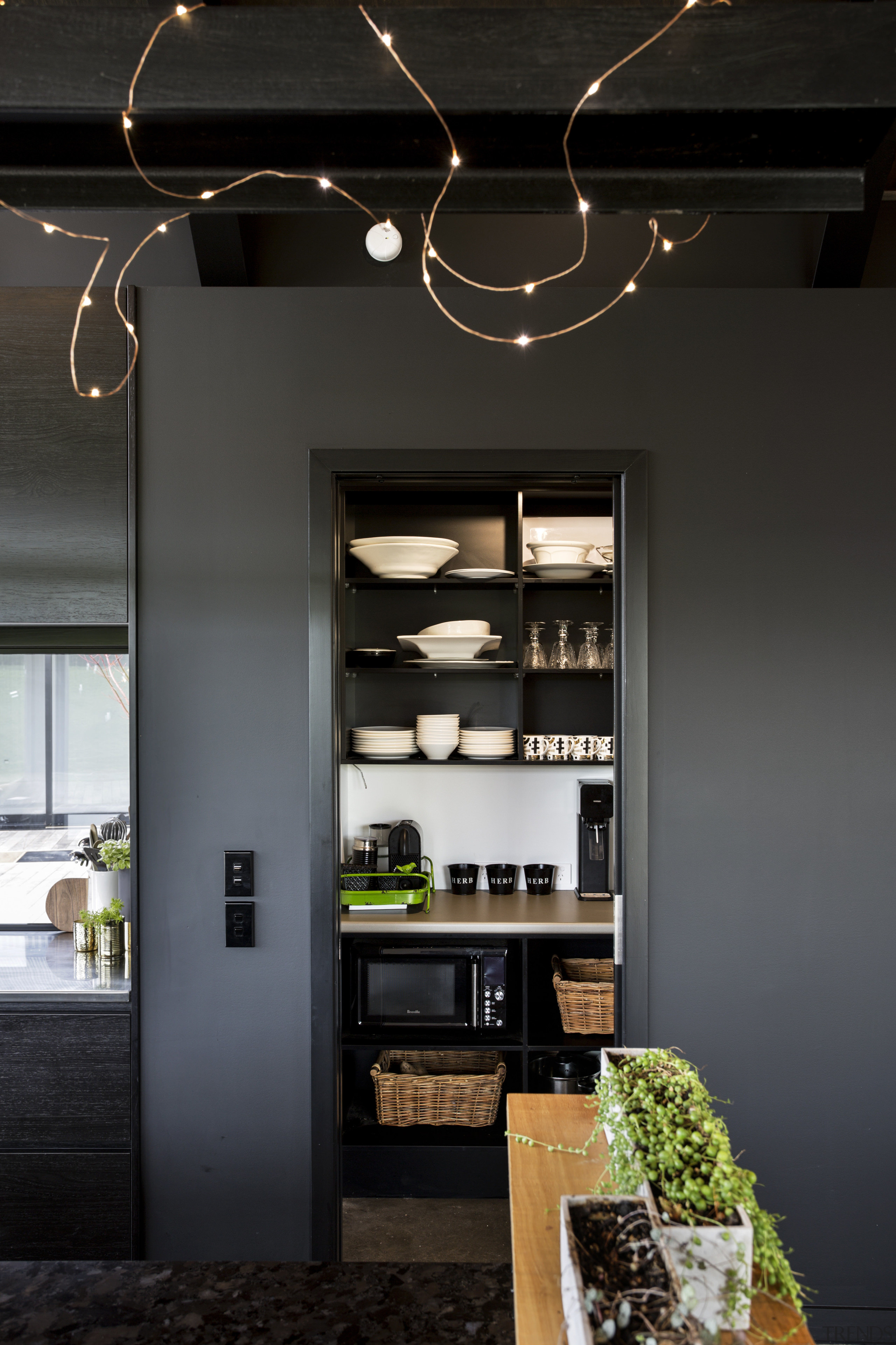 Now you see me  a quick slide ceiling, interior design, black
