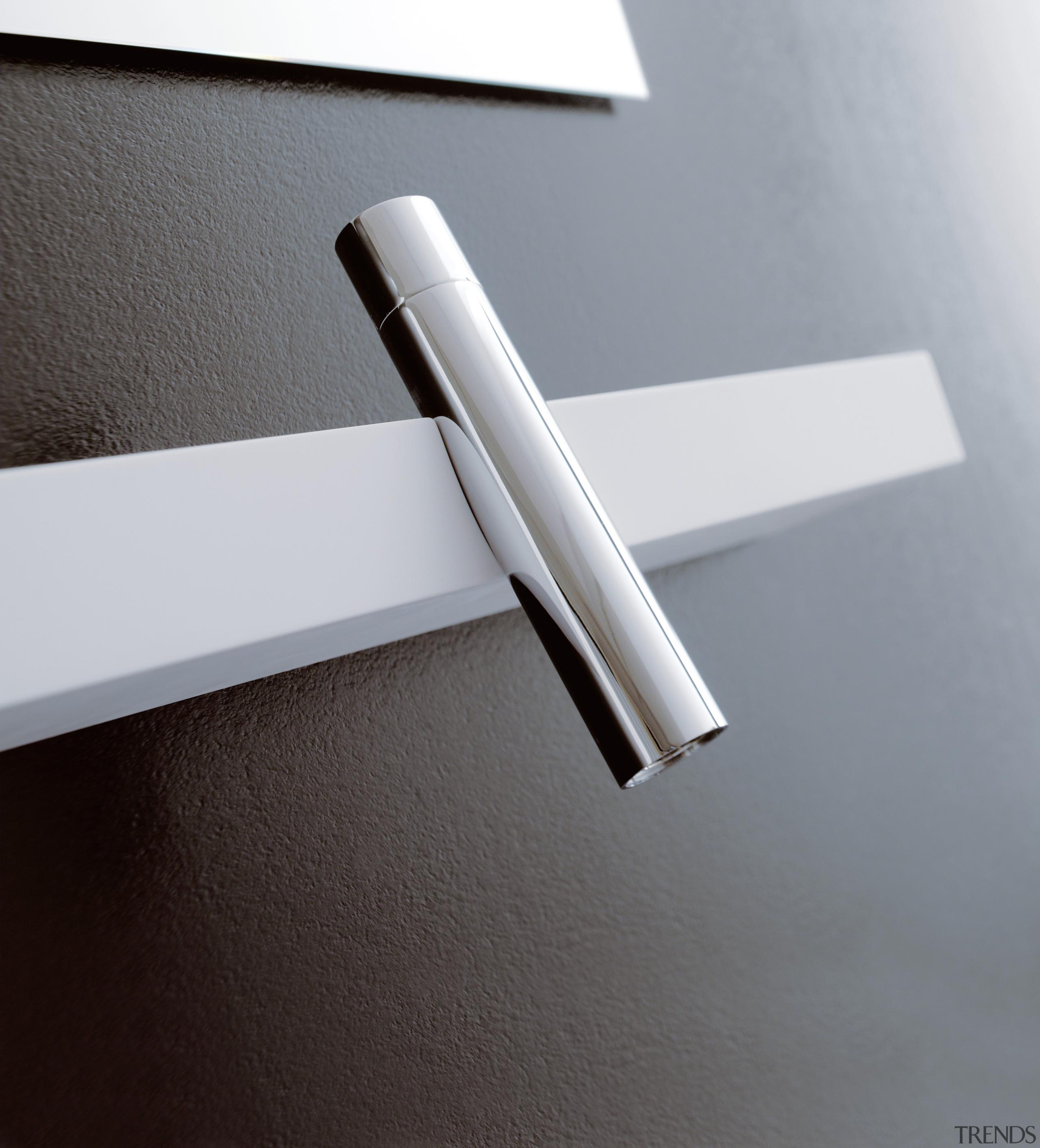 trenz 06 - angle   lighting   product angle, lighting, product design, tap, gray