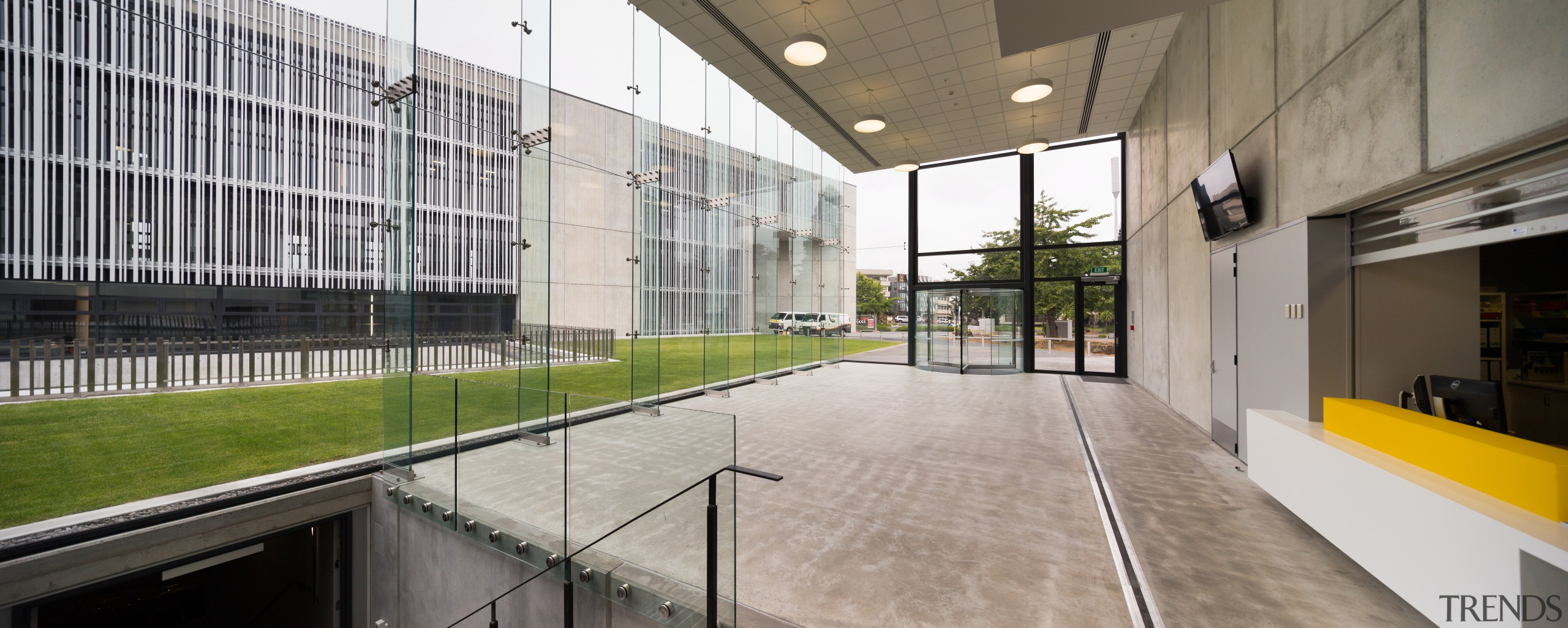 The new Management Faculty building entrance at the architecture, building, daylighting, house, real estate, gray