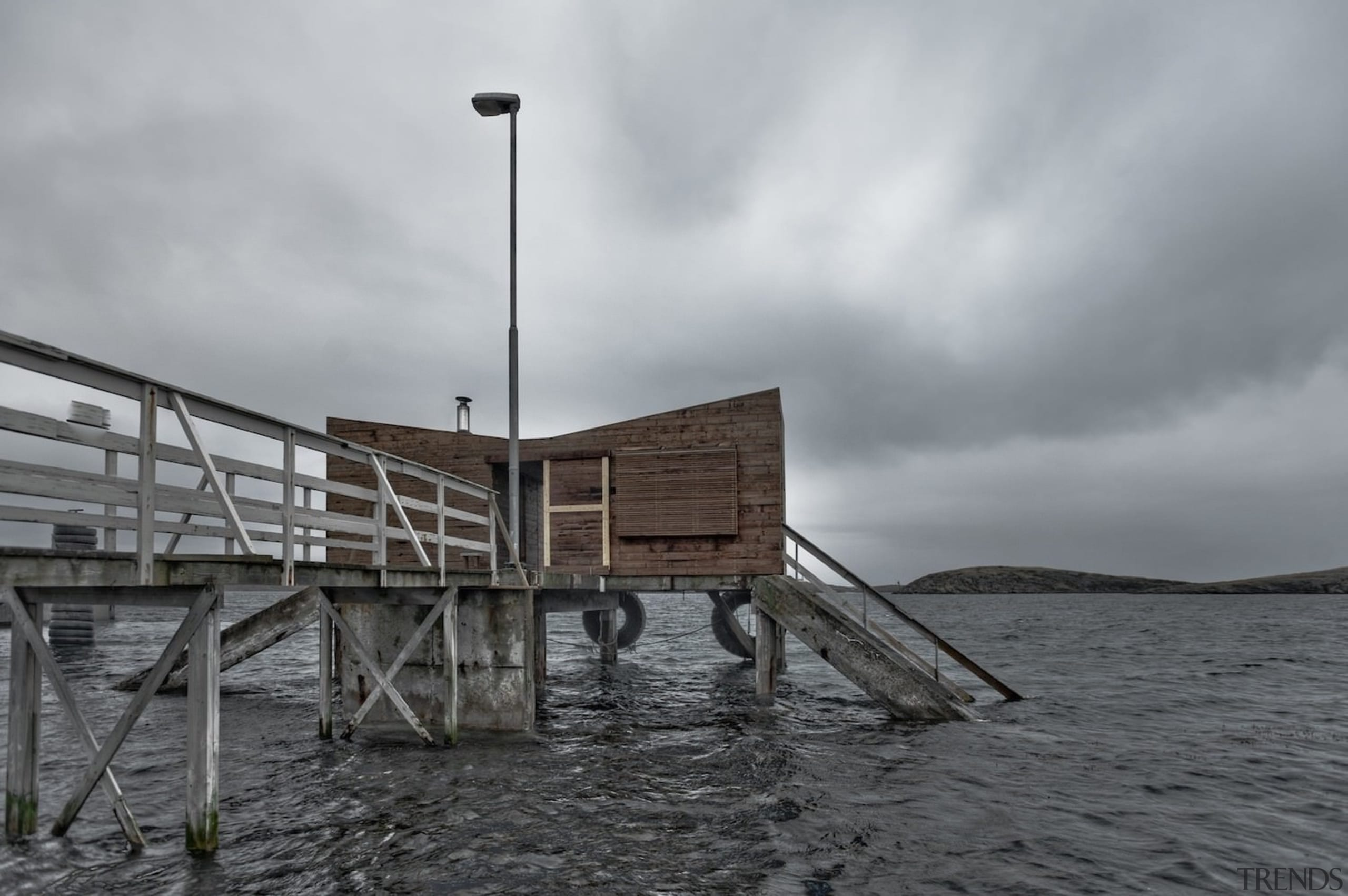 Architect: TYIN tegnestue ArchitectsPhotographer: Pasi Aalto / cloud, dock, pier, sea, sky, water, wood, gray