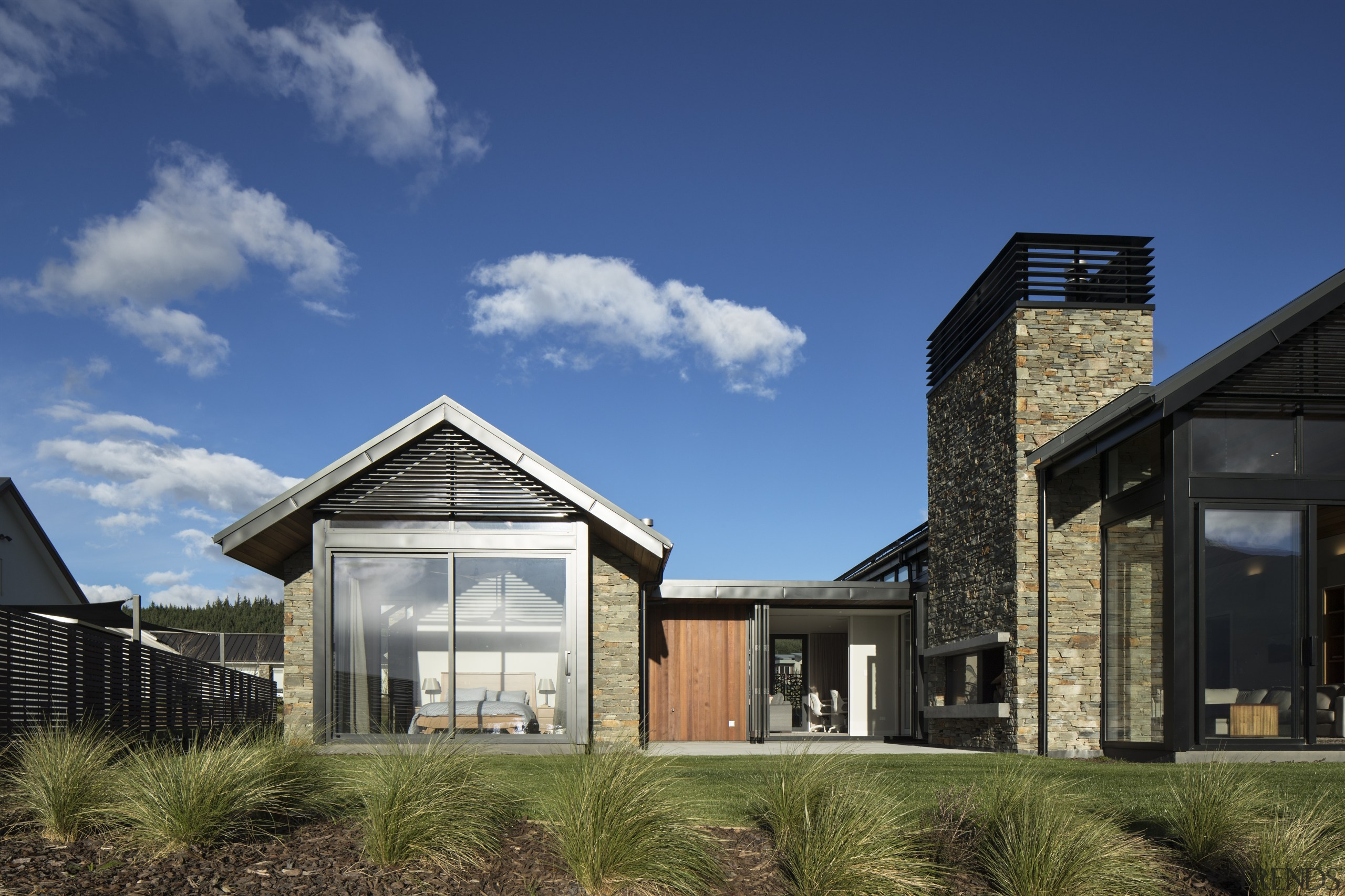 The master suite pavilion and central living pavilion architecture, home, house, lroof, siding, sky, window, Condon Scott Architects