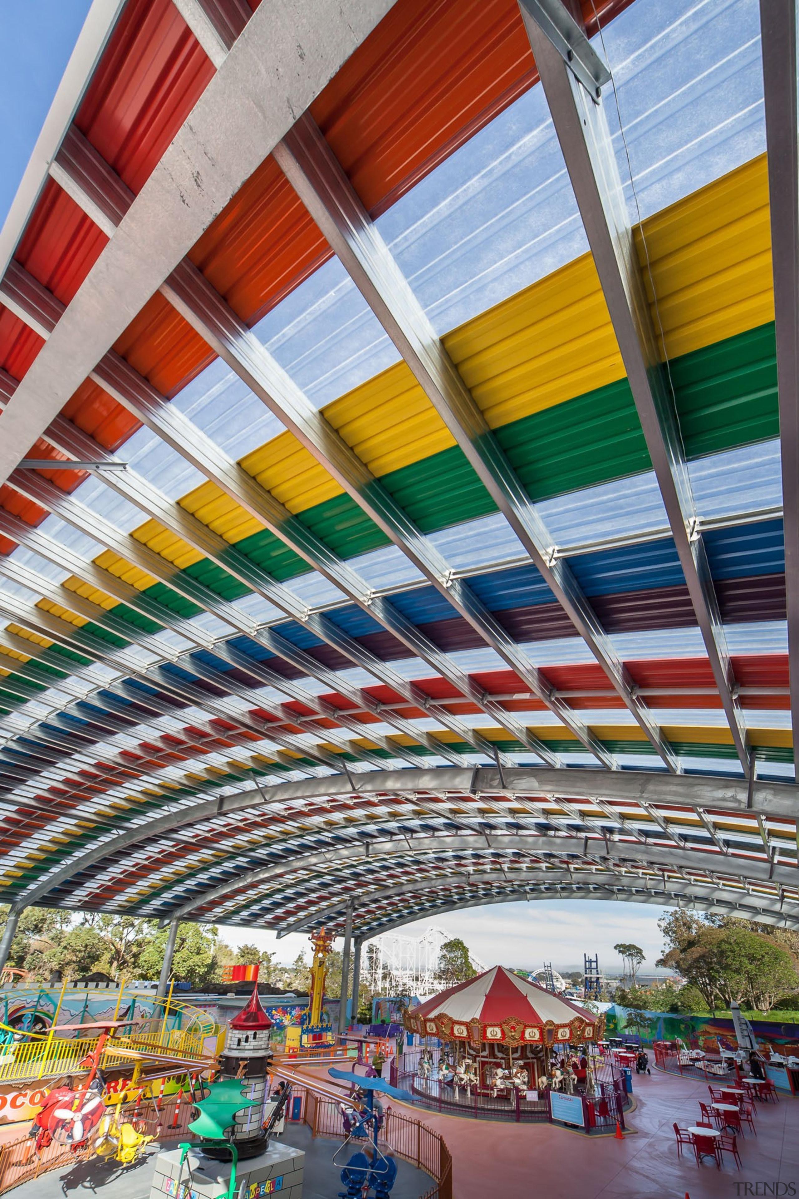 Dimond-Rainbows End - 46 - Dimond - Rainbows architecture, building, landmark, leisure, metropolitan area, mixed use, sport venue, structure, urban area, gray