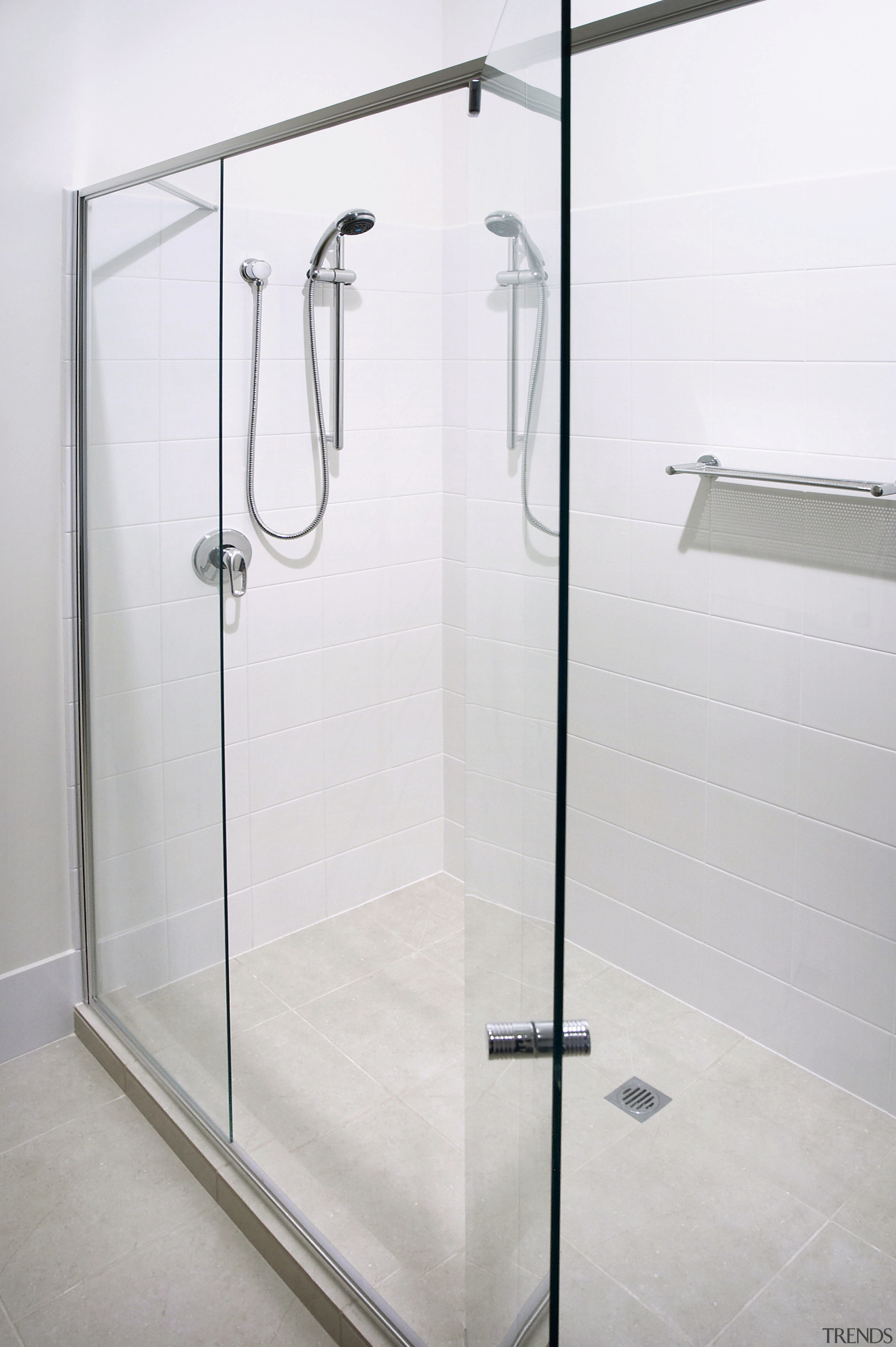 Large Walk In Shower With Glass Par Gallery 2 Trends