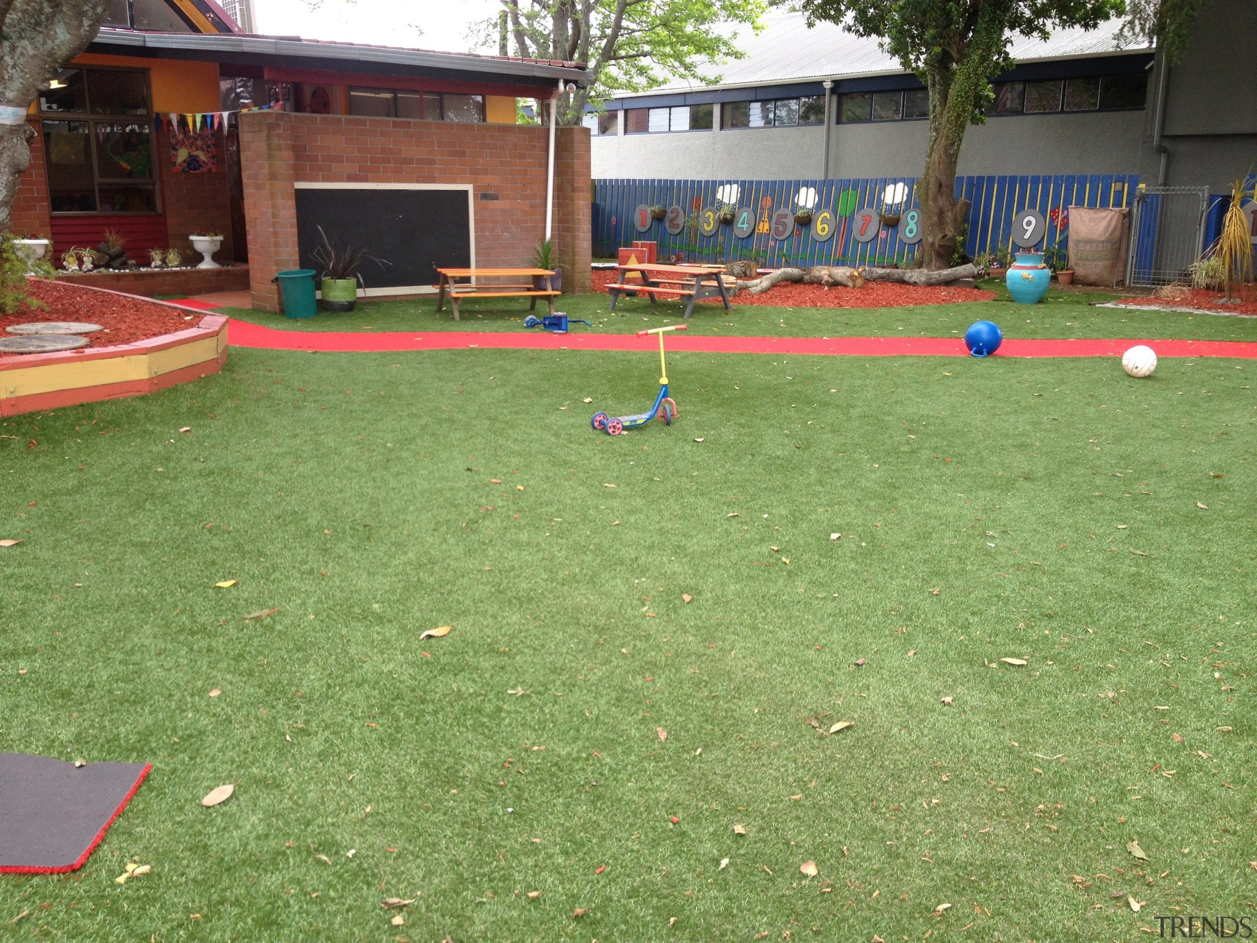 Commercial landscape - artificial turf   games   artificial turf, games, grass, lawn, leisure, outdoor play equipment, plant, play, playground, public space, recreation, sport venue, sports, yard, green