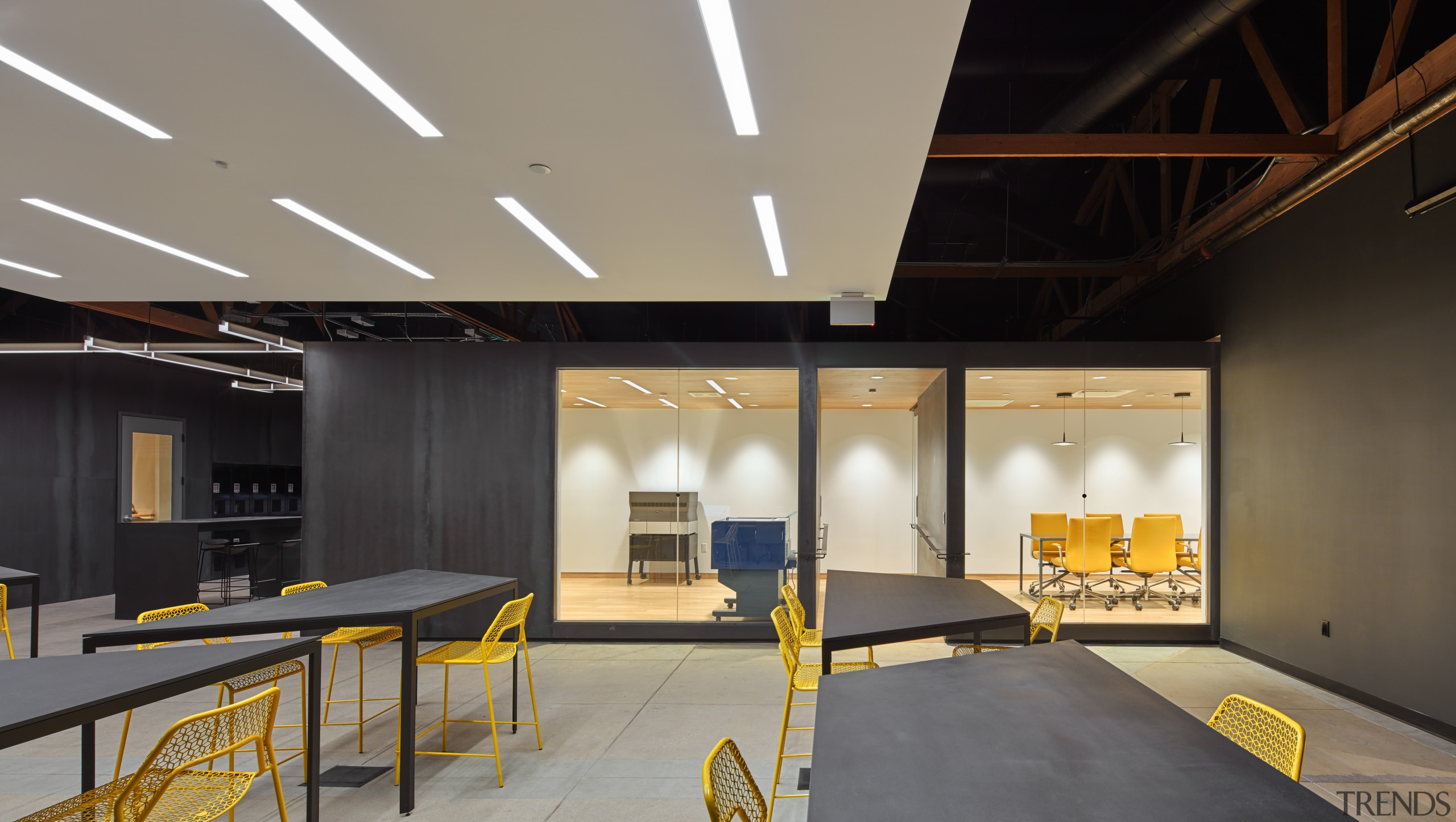 Supplyframe DesignLabs conference room is anchored in the architecture, ceiling, daylighting, interior design, lobby, gray, black