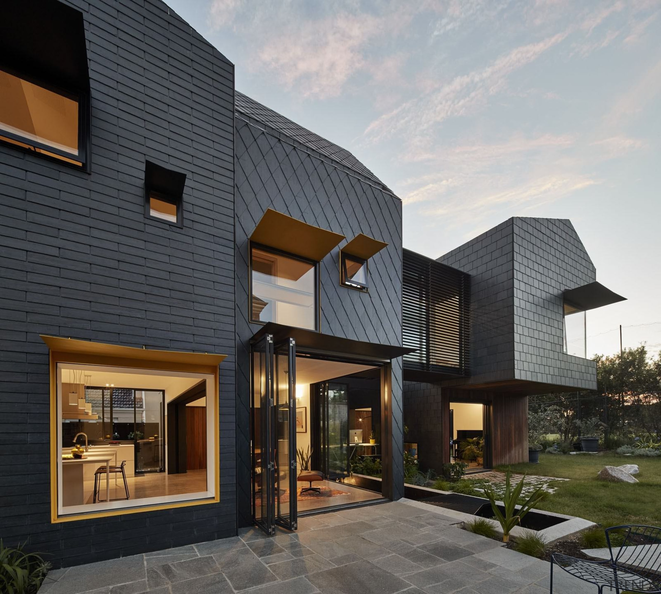 Architect: Austin Maynard ArchitectsPhotography by Peter Bennetts architecture, building, elevation, estate, facade, home, house, property, real estate, residential area, roof, siding, black, gray