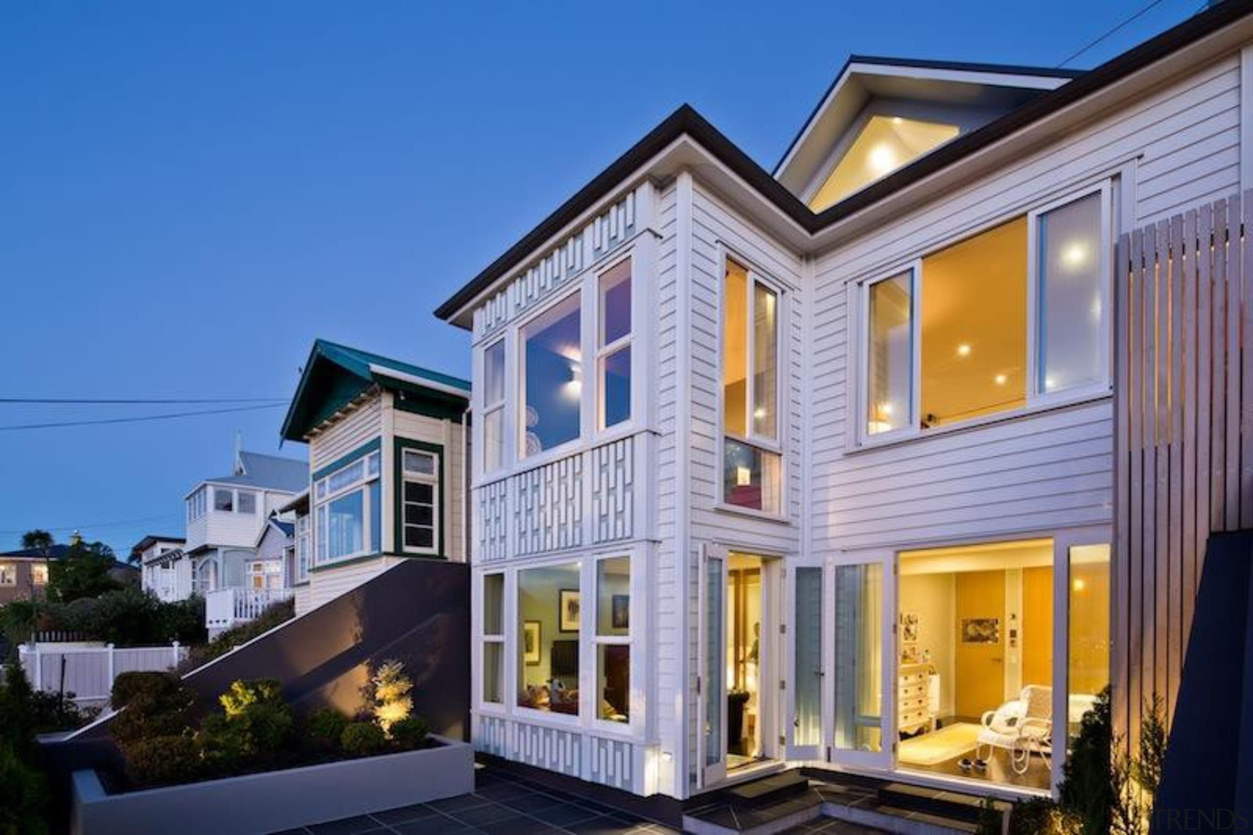 TIDA New Zealand Architect-designed Homes - 2015 Trends building, elevation, estate, facade, home, house, mixed use, property, real estate, residential area, siding, window, blue