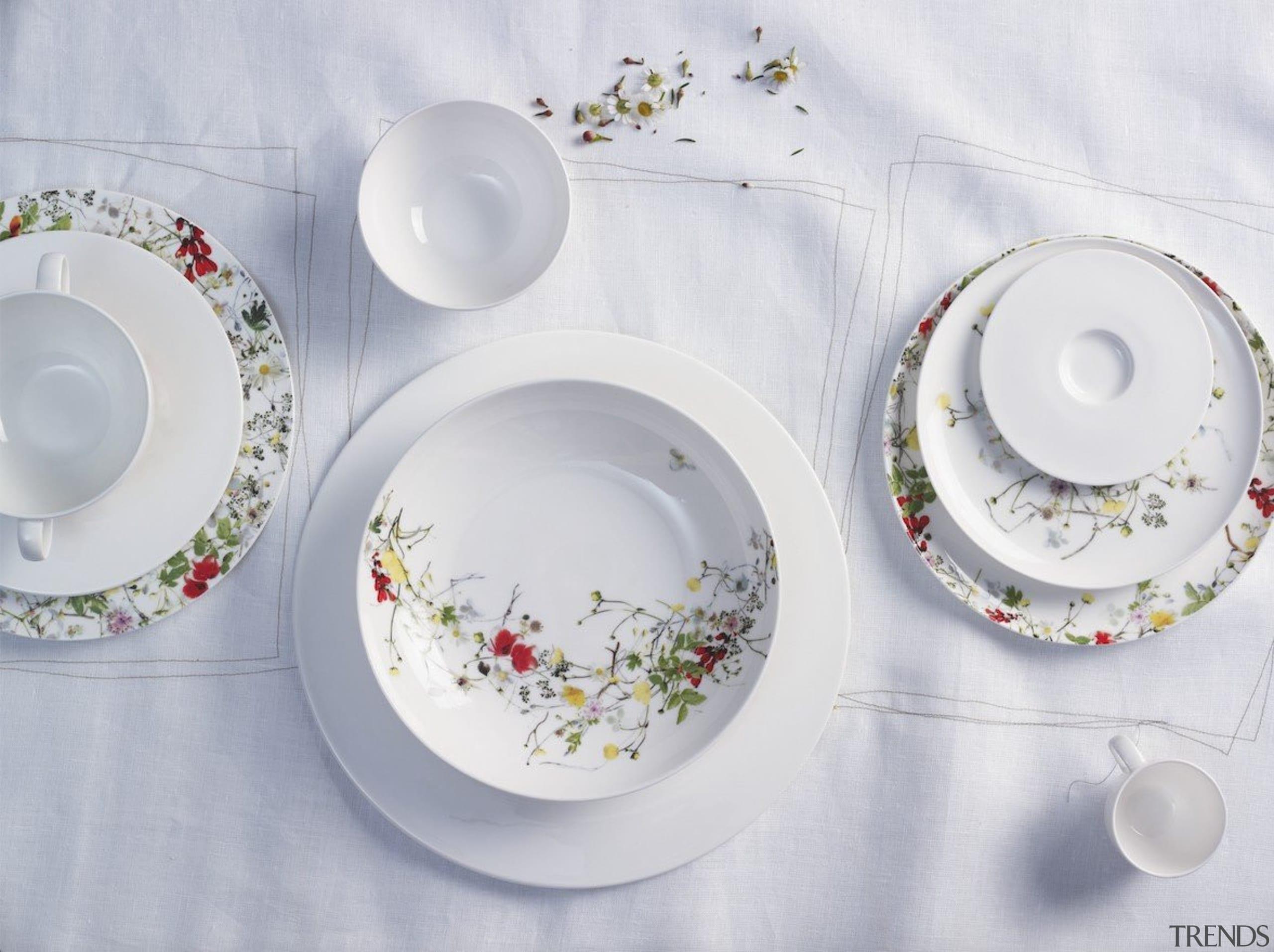 Fine China porcelain - Fleurs - ceramic   ceramic, dinnerware set, dishware, material, plate, platter, porcelain, saucer, serveware, tableware, gray
