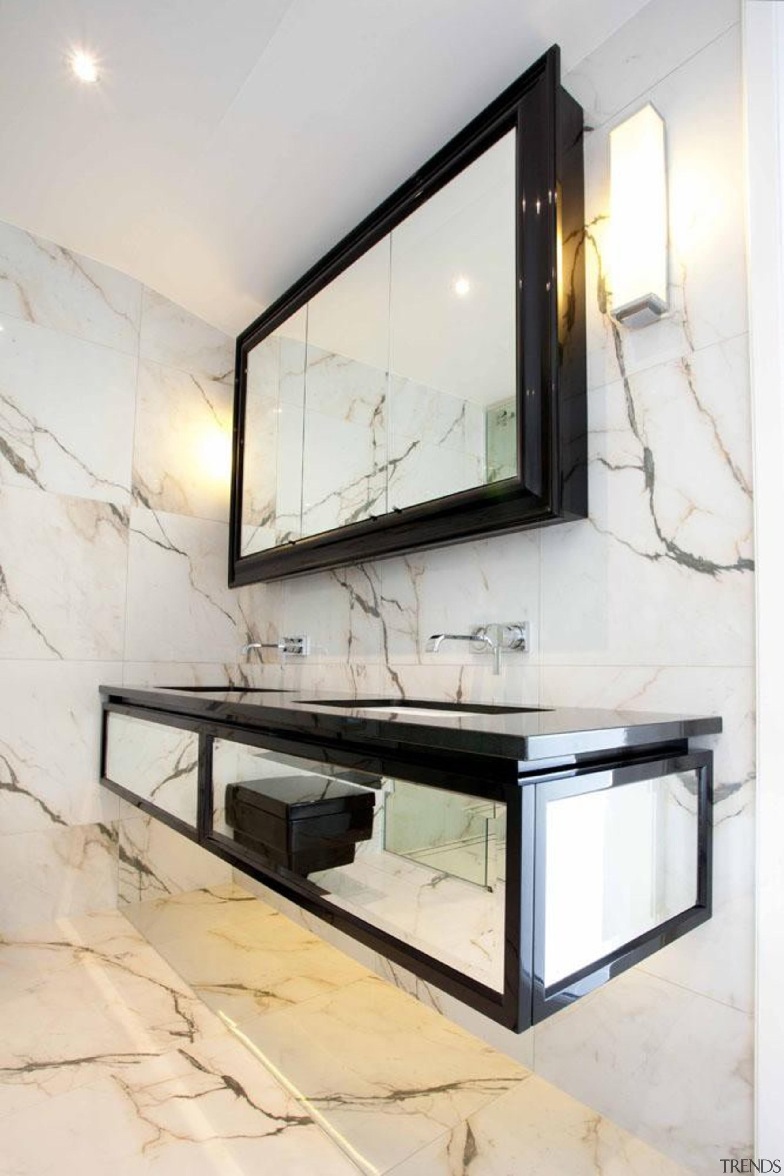 4.jpg - floor | furniture | glass | floor, furniture, glass, interior design, table, white