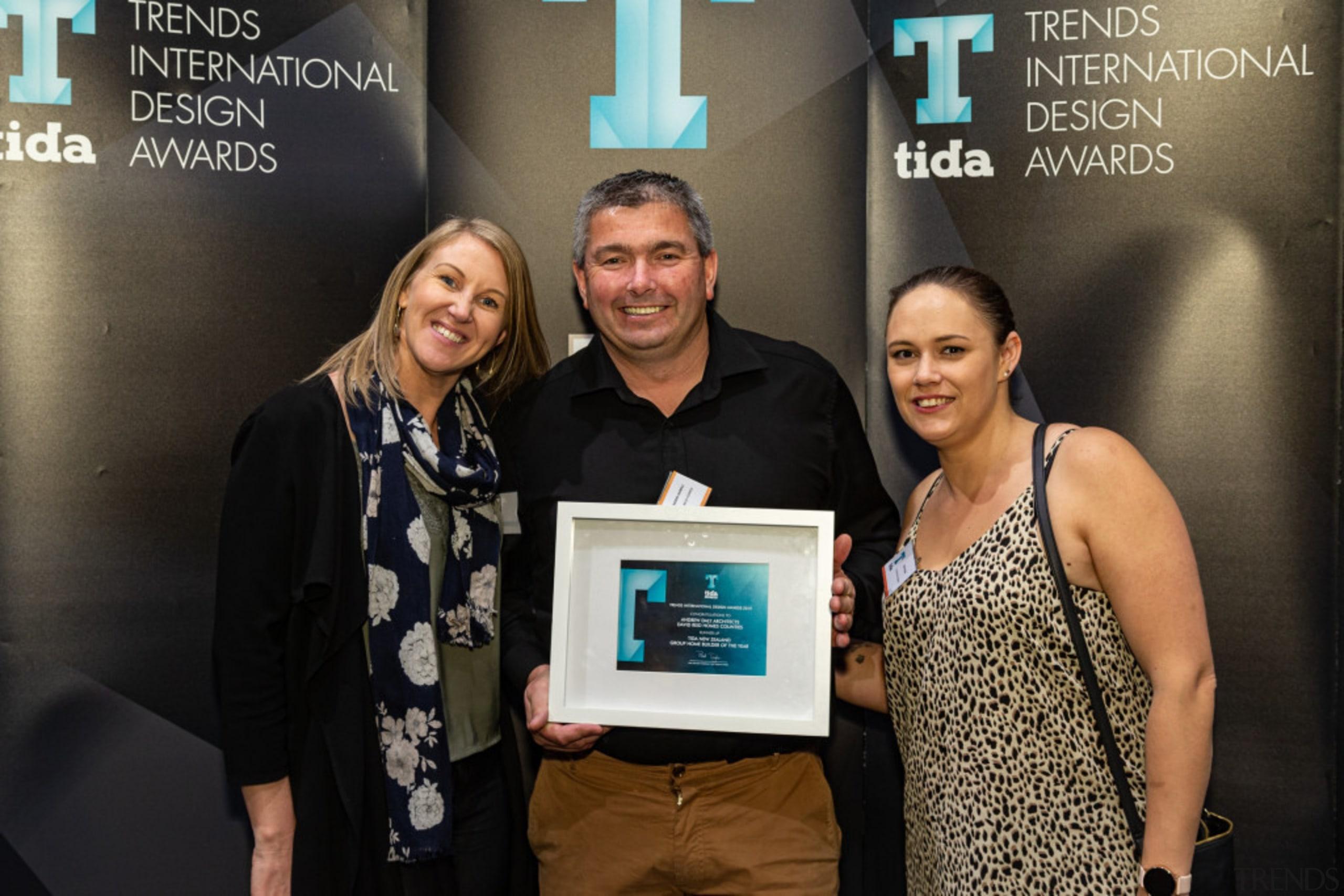 2019 TIDA New Zealand Homes presentation evening award, award ceremony, electronic device, event, photography, technology, black