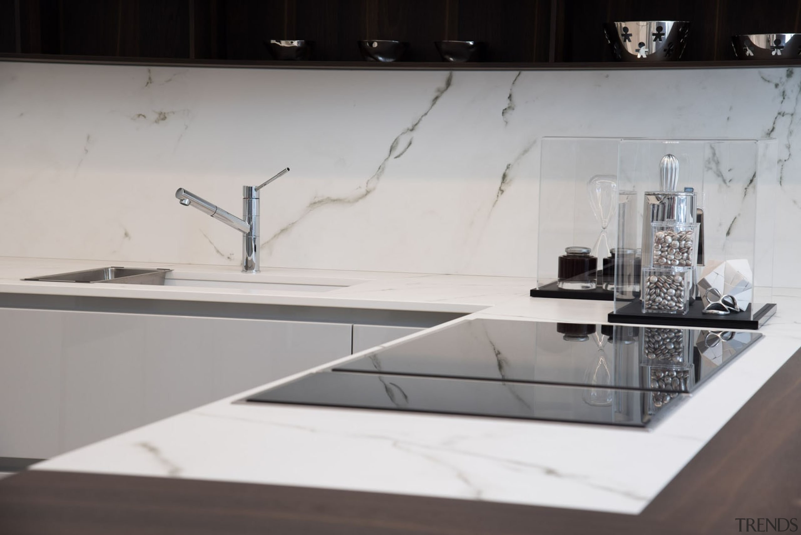 Dekton® Kairos countertop and splashback Aster showroom Milan architecture, countertop, design, furniture, glass, product design, table, gray