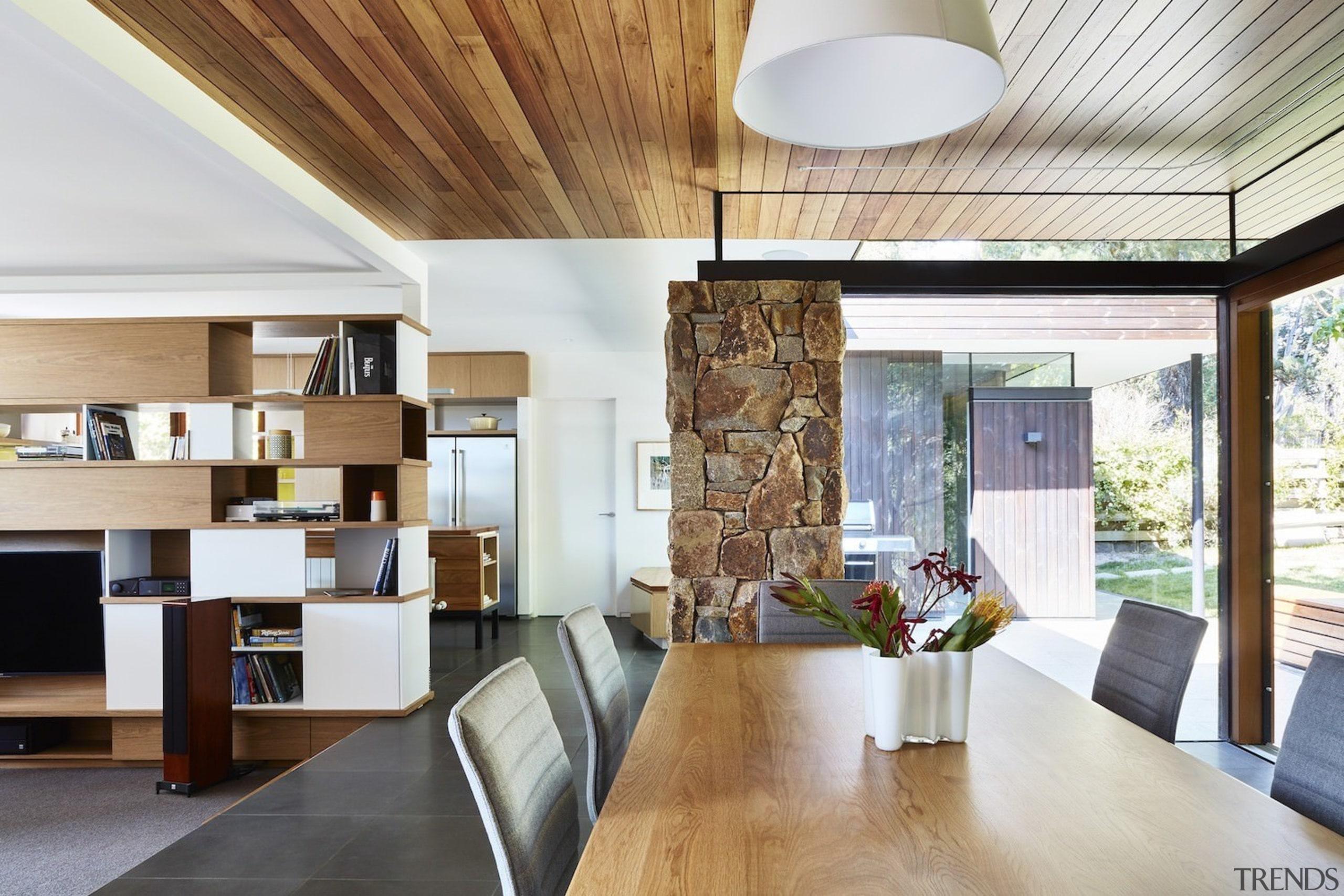 Architect: Architect: Steffen Welsch ArchitectsPhotography: Rhiannon architecture, ceiling, house, interior design, living room, table, white