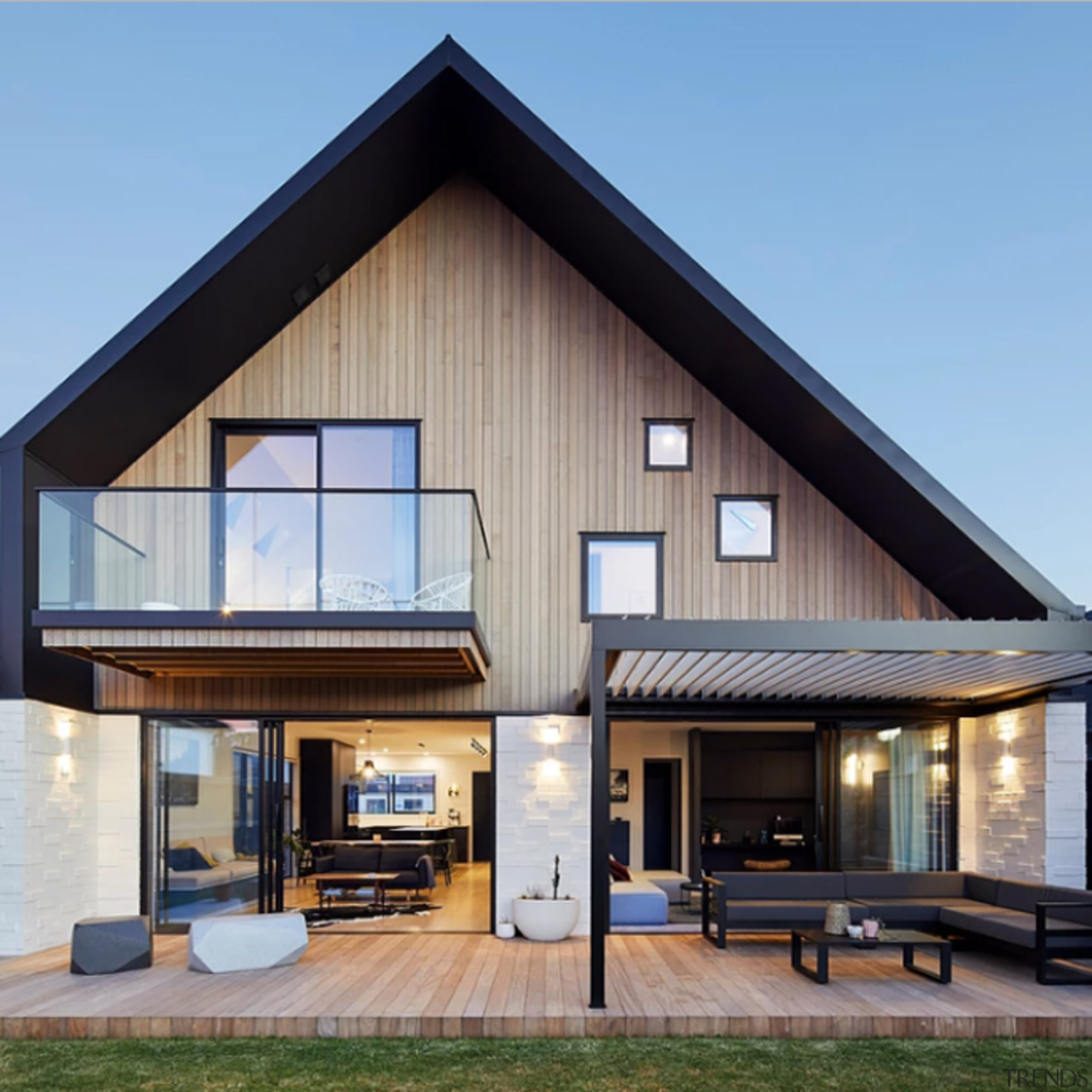 78580_louvretec-new-zealand-ltd_1557360173 - architecture   building   cottage   architecture, building, cottage, design, facade, home, house, interior design, property, real estate, residential area, roof, room, siding, sky, window, wood, gray, teal