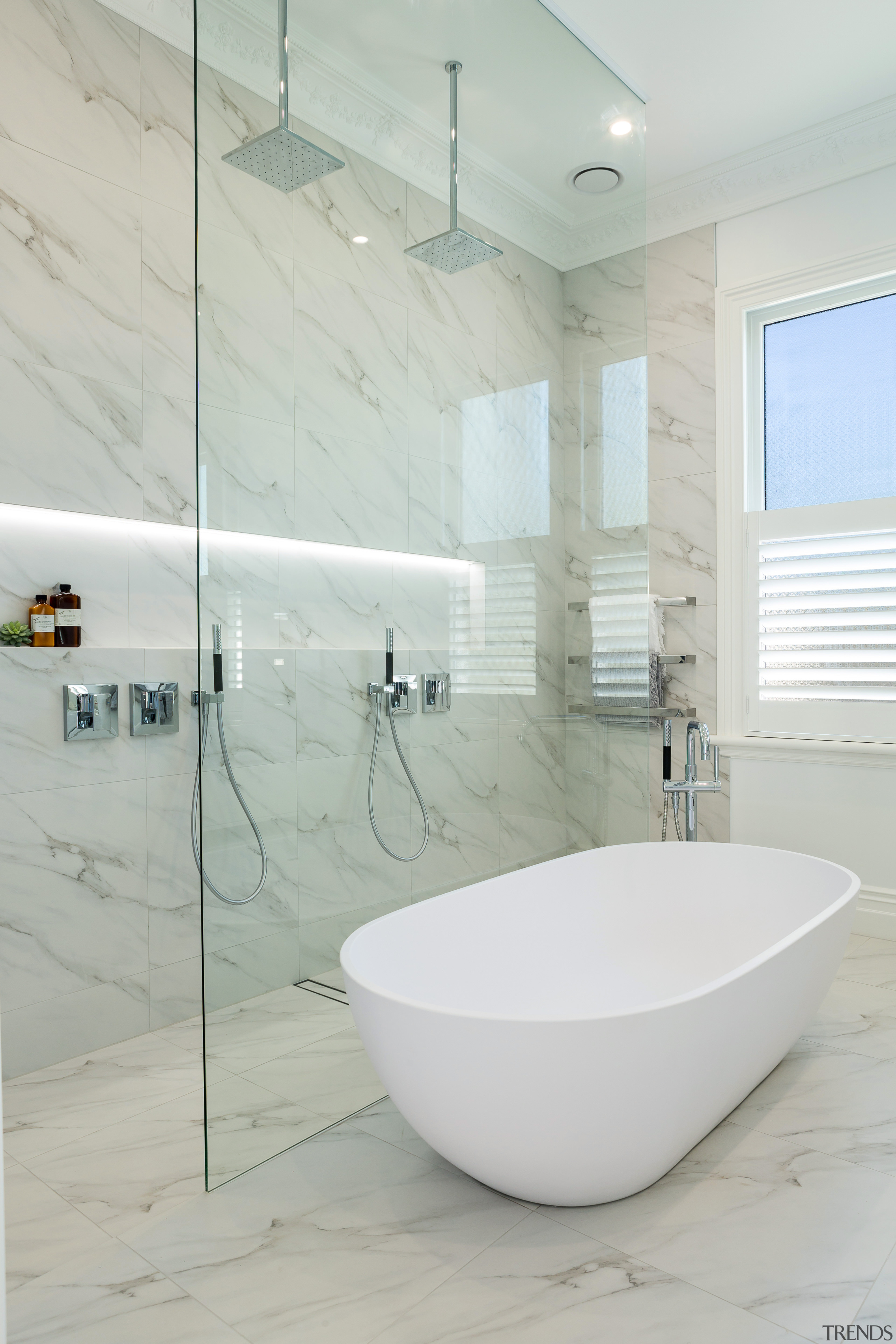 A strip floor drain contributes to the luxurious y... | Trends