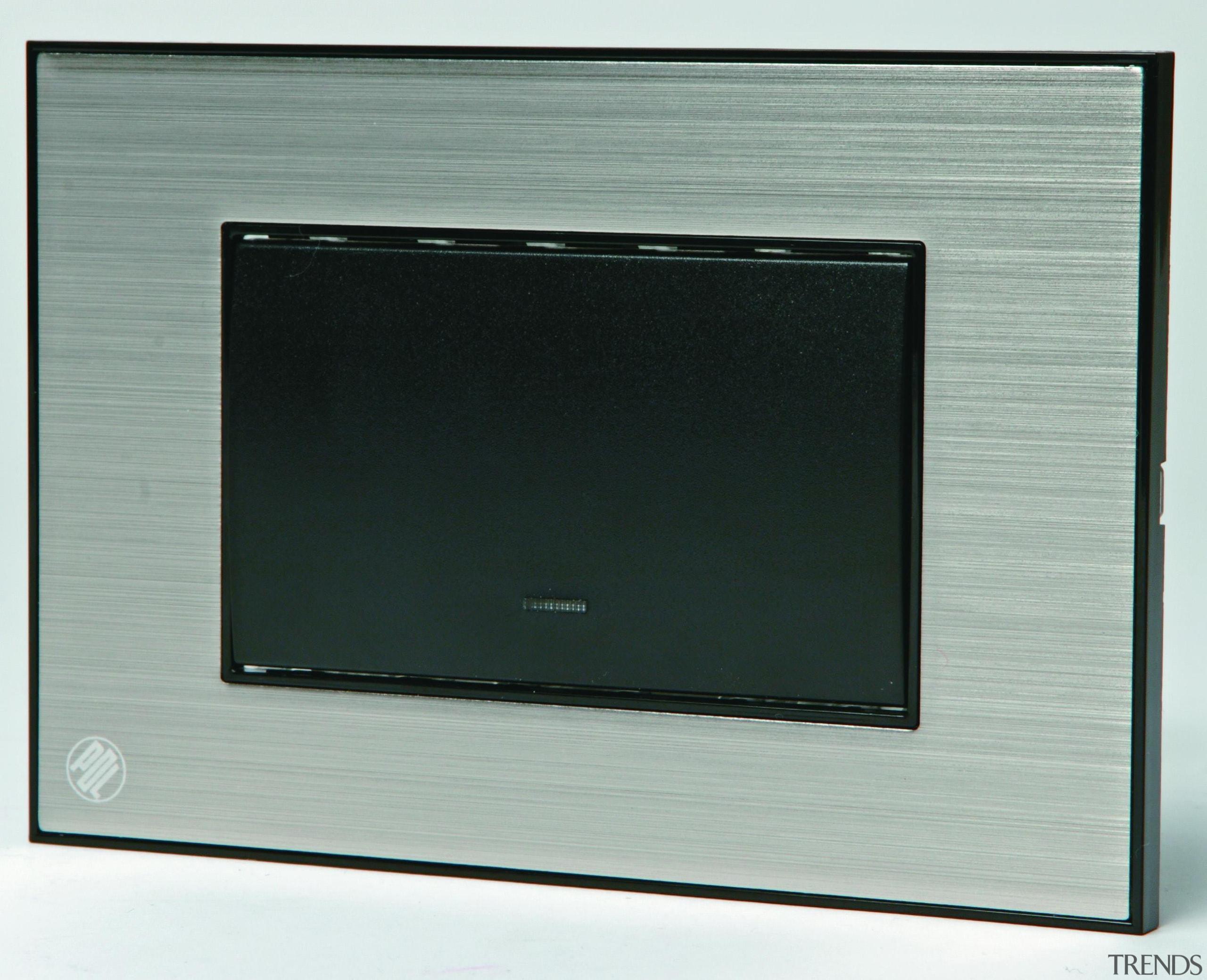 s881-0029985.jpg - s881-0029985.jpg - display device   multimedia display device, multimedia, product design, screen, gray, black