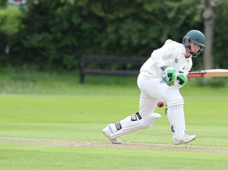 Connor Marshall batting