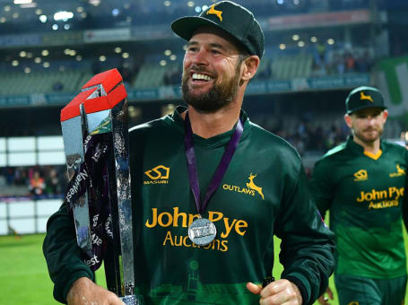 Dan Christian T20 Trophy lift