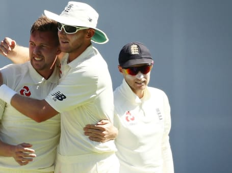 Ball and Broad at Ashes