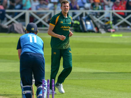 Jake Ball wicket Derbyshire