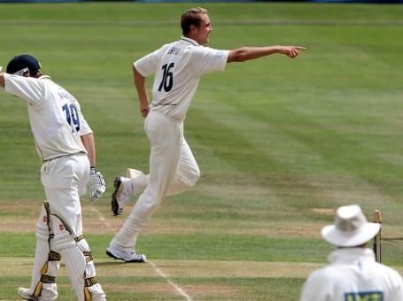 Stuart Broad 2010 Warks