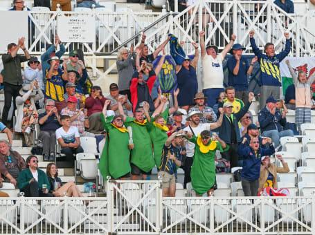 Glamorgan fans RLC Final