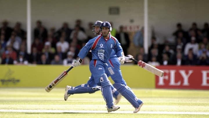 Thorpe running 1999 web getty