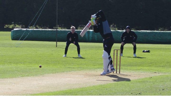 Chris Nash batting at Lady Bay1