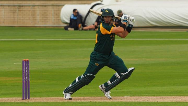 Ross Taylor batting green