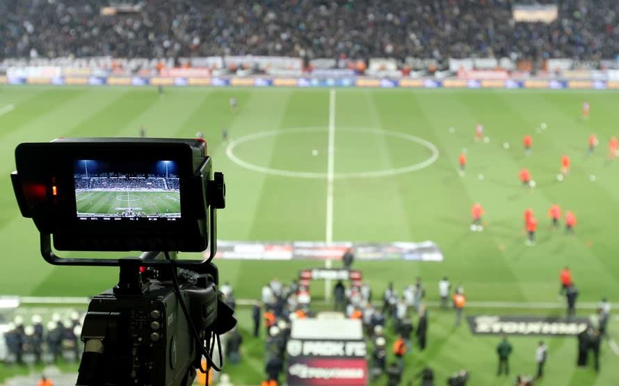 Calcio e diritti Tv, Dazn la spunta su Sky: in Serie A si apre l'era dello streaming