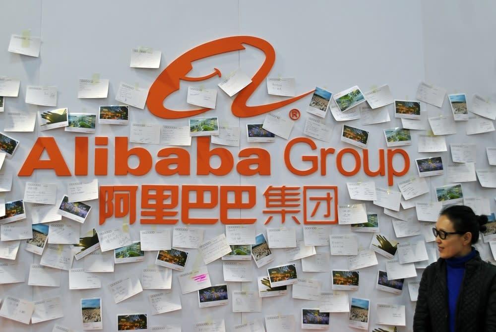 Alibaba teme il fuggi-fuggi di talenti: tagli ai senior e