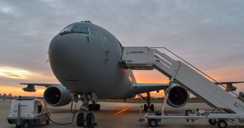 Aerei, trasporto merci al record storico, ma i passeggeri -67%