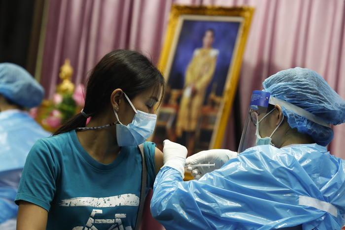 L'Ema avvia l'esame del vaccino cinese Sinovac