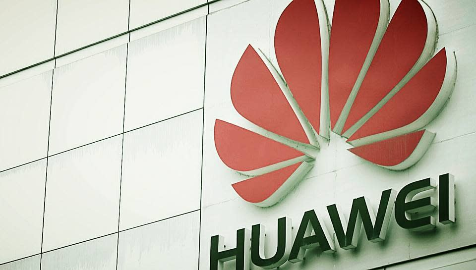 Huawei si smarca da Google e lancia Harmony OS