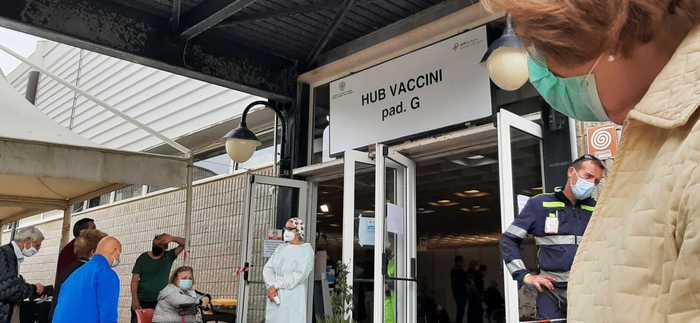 "Vaccini: Sardegna ""soffre"" per carenza dosi Pfizer"