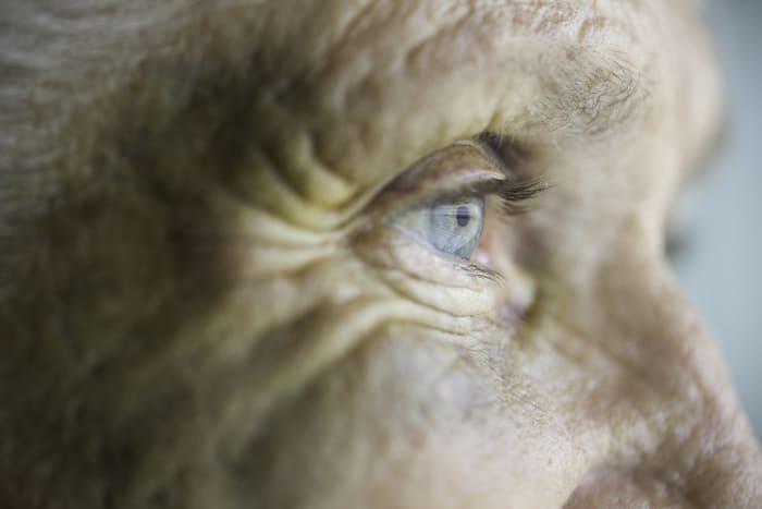 Con la pandemia più abusi anziani, uno su 5 vittima di maltrattamenti