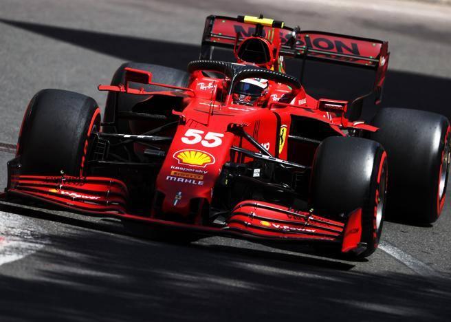 Ferrari, dalle piste alle filate di moda