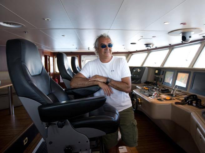 Briatore: «Il mio yacht svenduto a 7 milioni, ma ne