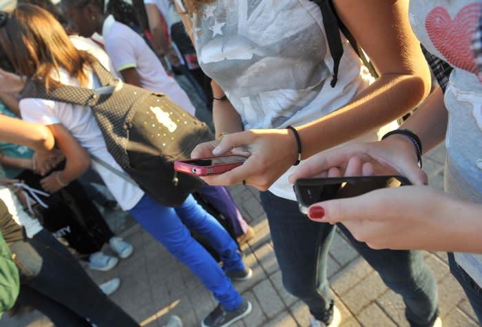 Patto dei giganti del web contro abusi online donne