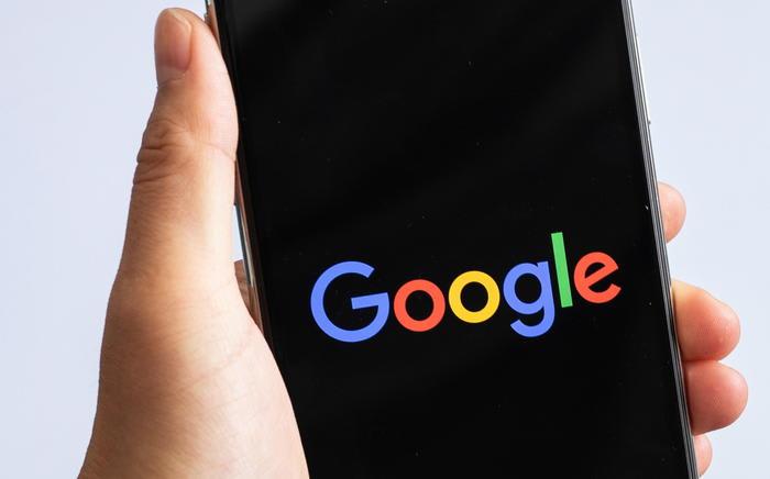 Google, via da Play Store le app che rubano password Facebook