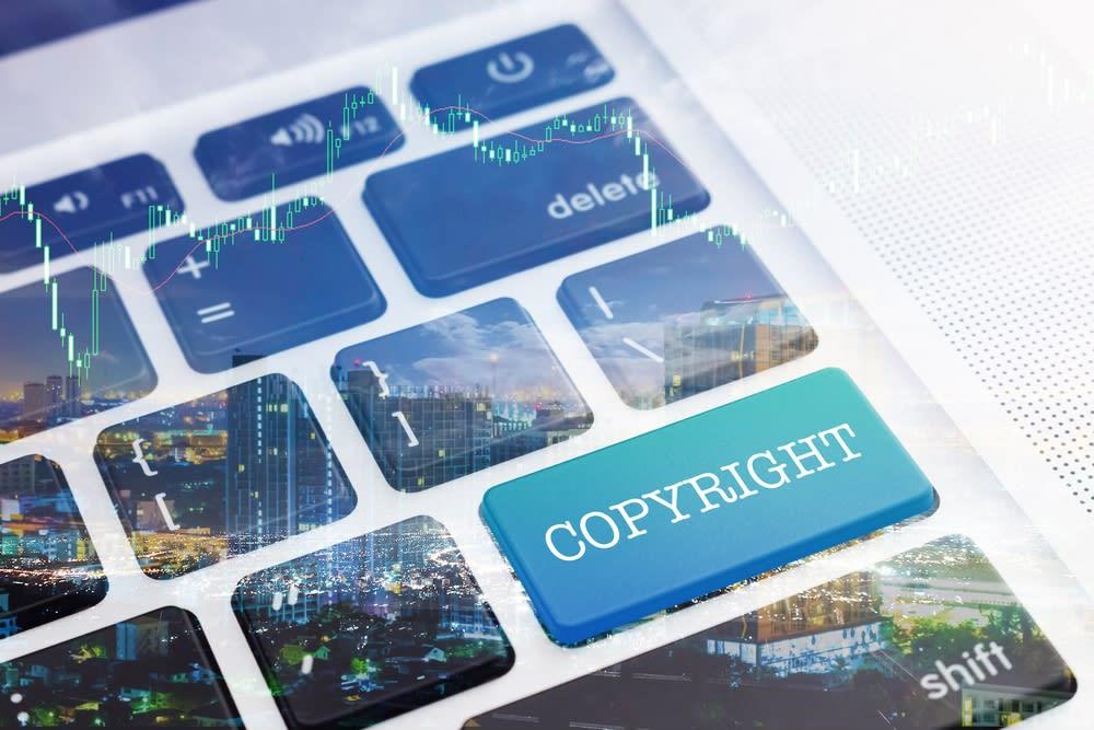 Violazione copyright