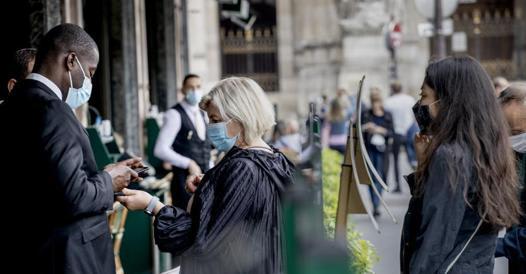 In Francia il green pass ha convinto milioni di persone