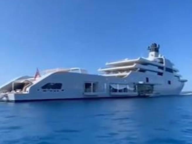 Solaris, c'è anche il nuovo yacht da 500 milioni di
