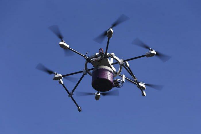 #droni 700x467