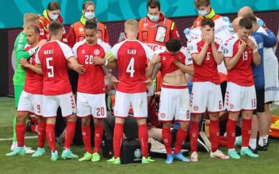 Coraggio, unione e protezione: l'esempio di Kjaer e della Danimarca, squadra anche nella paura per Eriksen