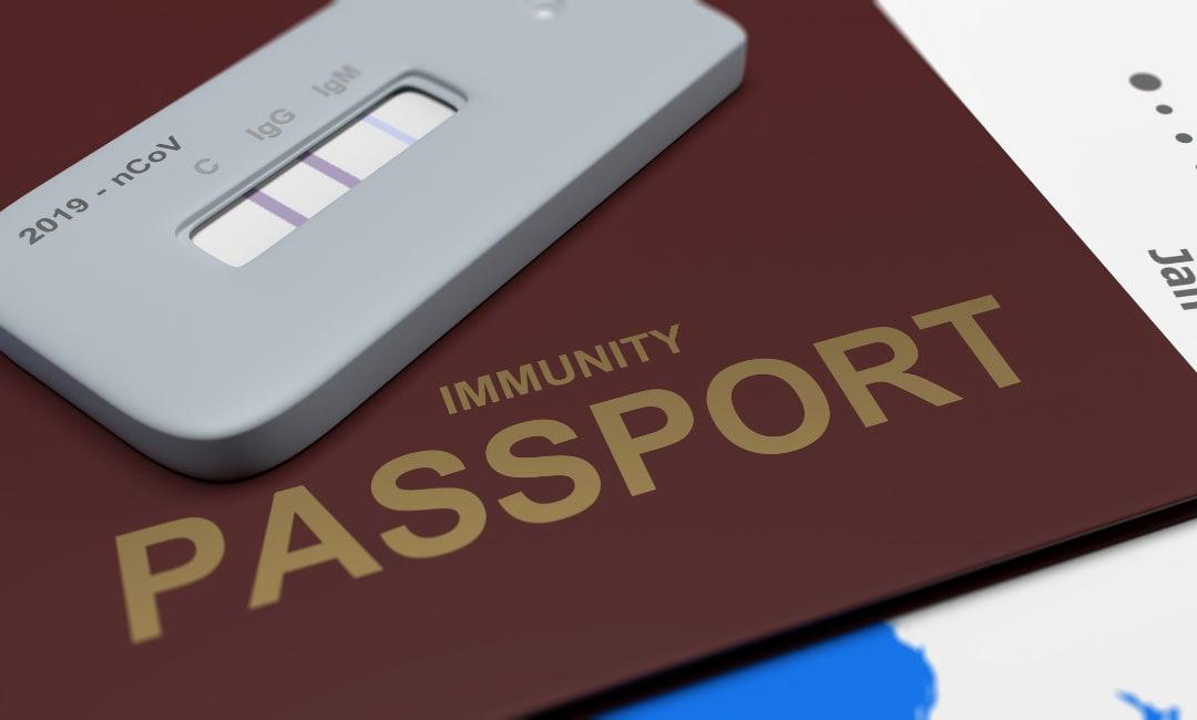 Esperti, passaporto vaccino coronavirus con privacy e standard comuni