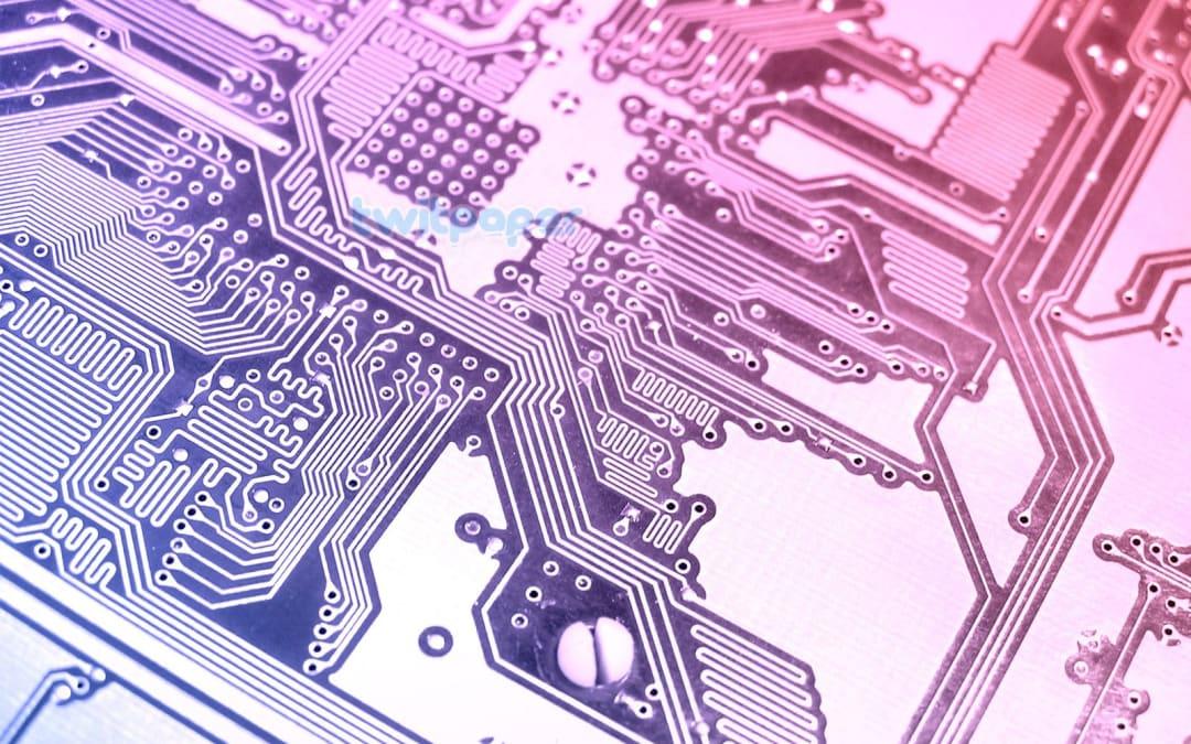 Automotive nel guado: scarseggiano i chip, elettronica pigliatutto