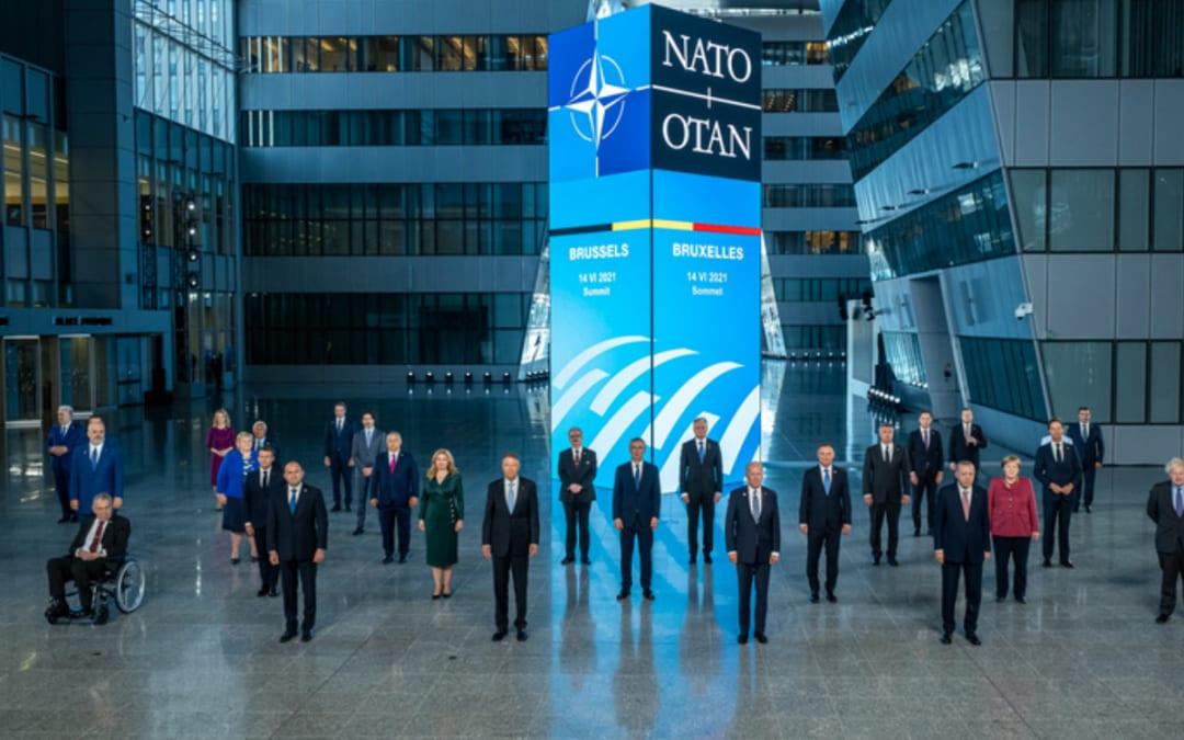 Nato, cybersicurezza e difesa dello Spazio in cima all'agenda. Occhi puntati su Russia e Cina