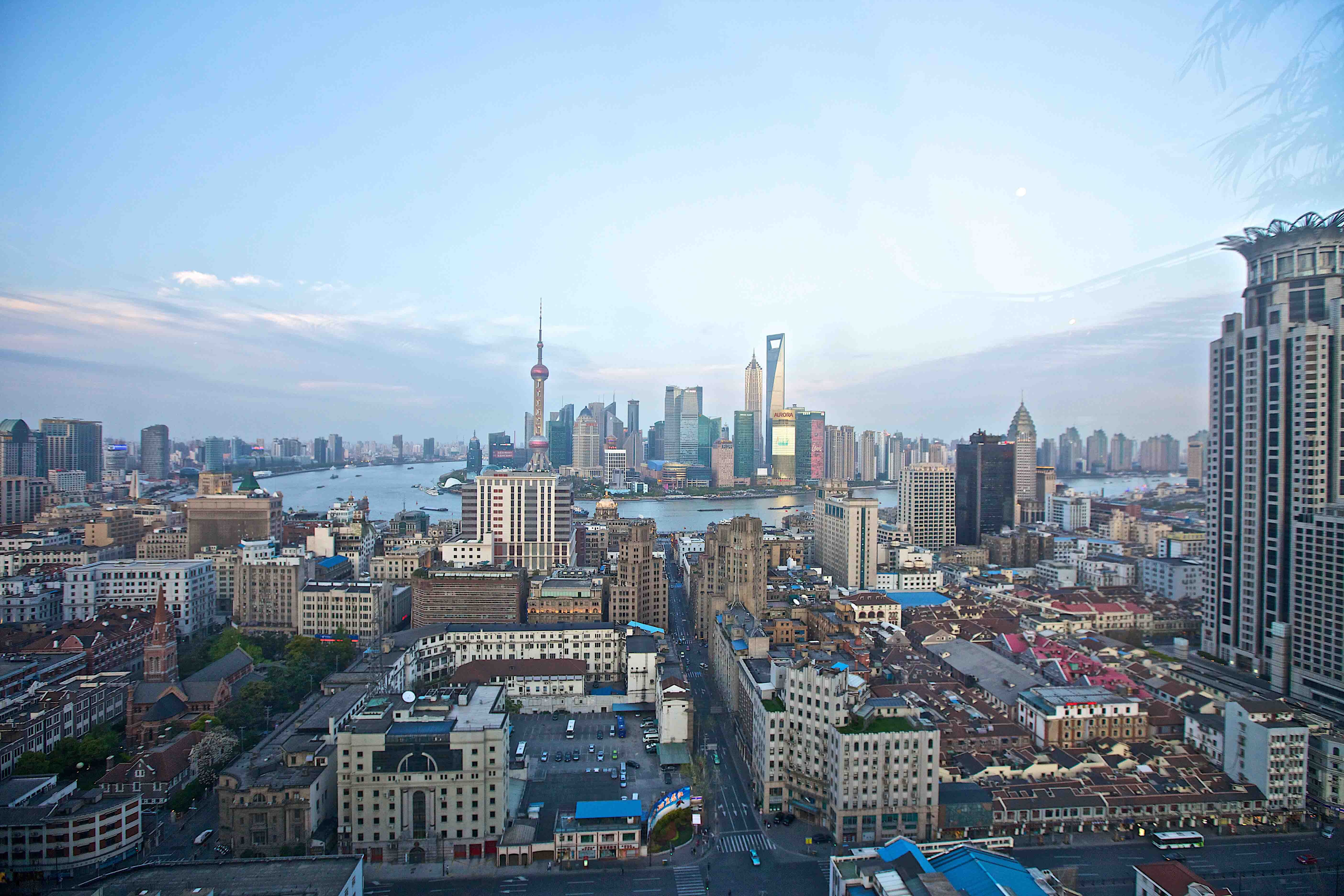 How to find the best TEFL jobs in China. Large Header Image