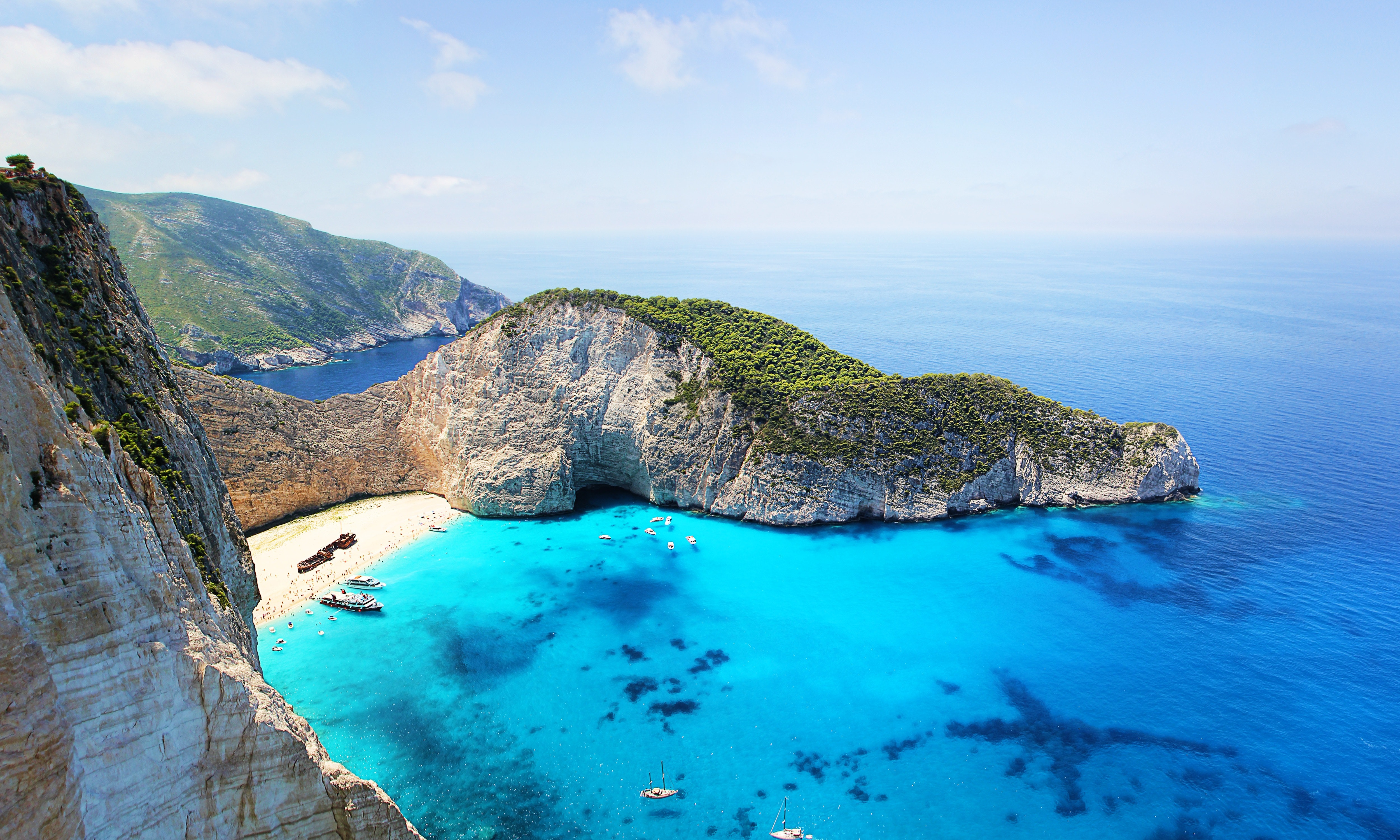 The 6 Most Beautiful Islands in Greece to Visit Large Header Image